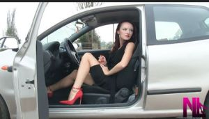 revving-in-red-buckled-pumps2