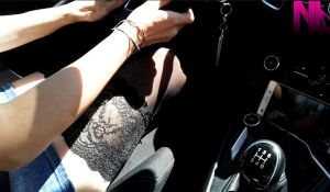 20180623_driving-in-black-stockings-and-lou-camera-behind-the-pedals-view1
