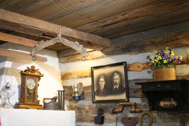 cabin decoration