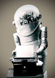 https://i2.wp.com/nymag.com/images/2/daily/entertainment/08/04/15_robottyper_lgl.jpg?resize=192%2C270