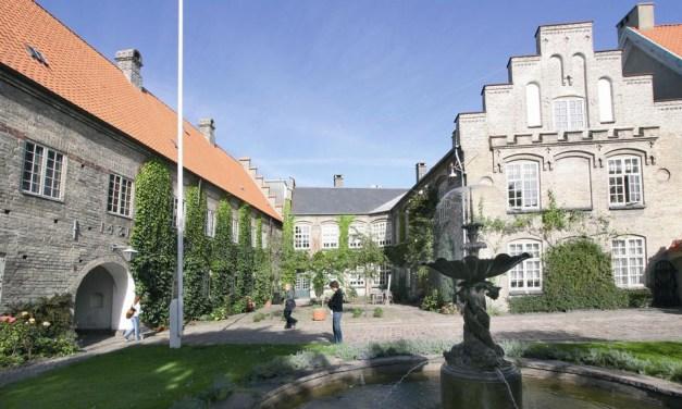 Indbydelse til fernisering på Aalborg Kloster
