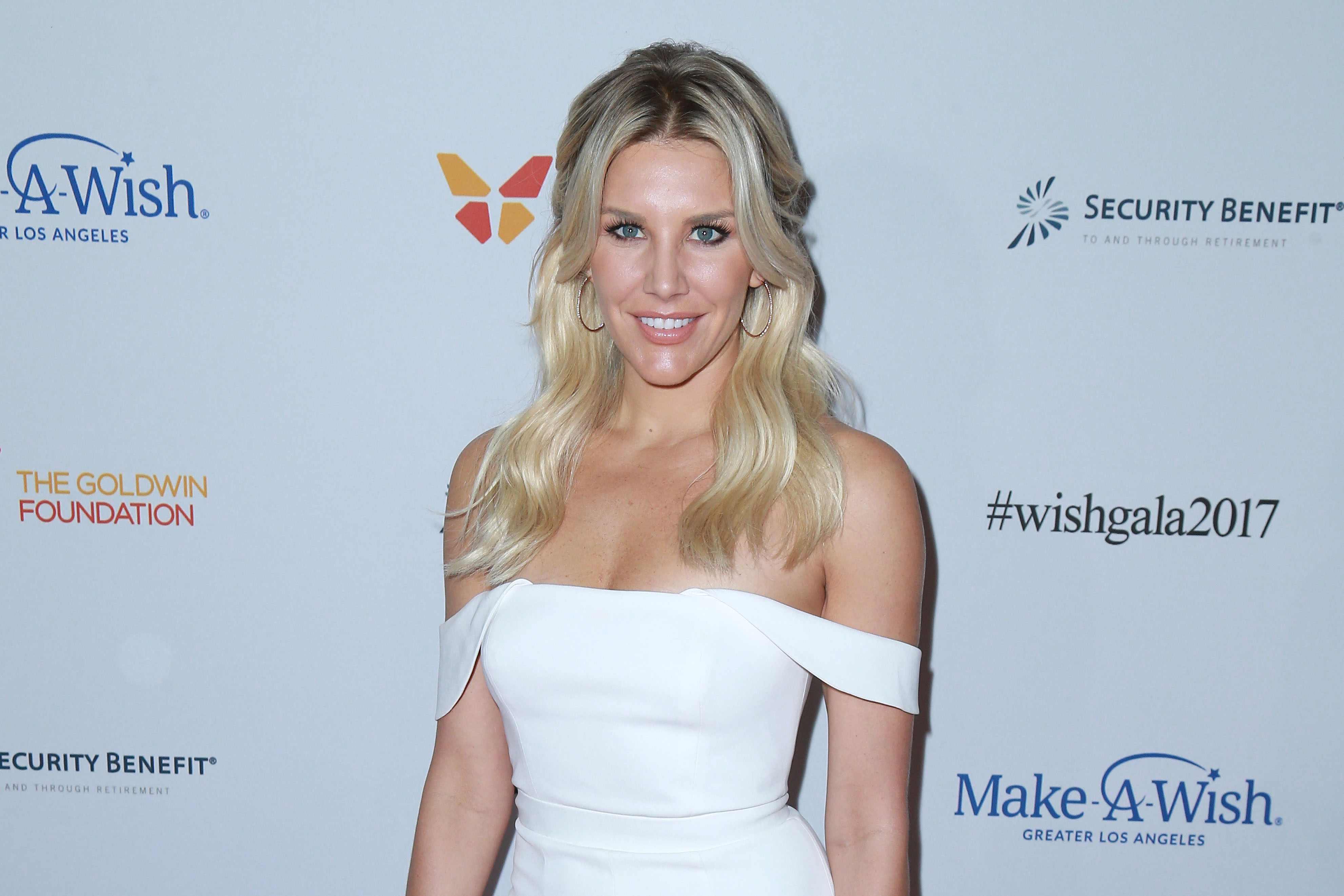 Fox Sports Charissa Thompson Fights Back After Nude Photo Hack