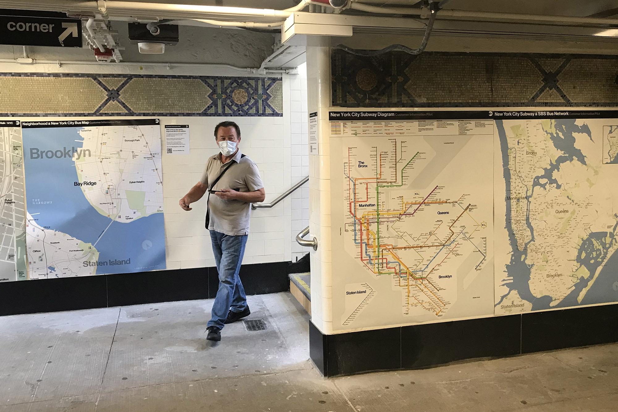 Brooklyn Map With Subway.Mta Testing Subway Map Makeover At Brooklyn Station