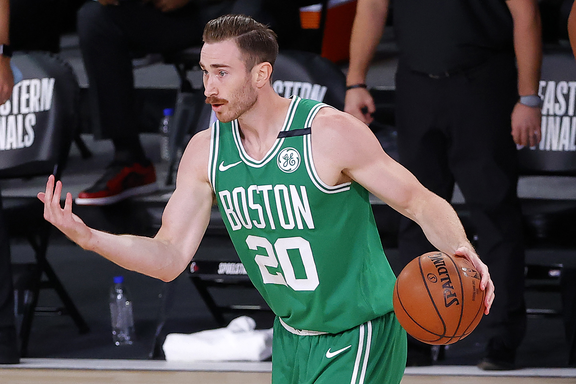 Gordon Hayward declines option, enters free agency