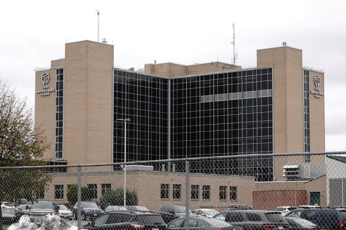 Hospitals at capacity in parts of Wisconsin amid COVID-19 spike