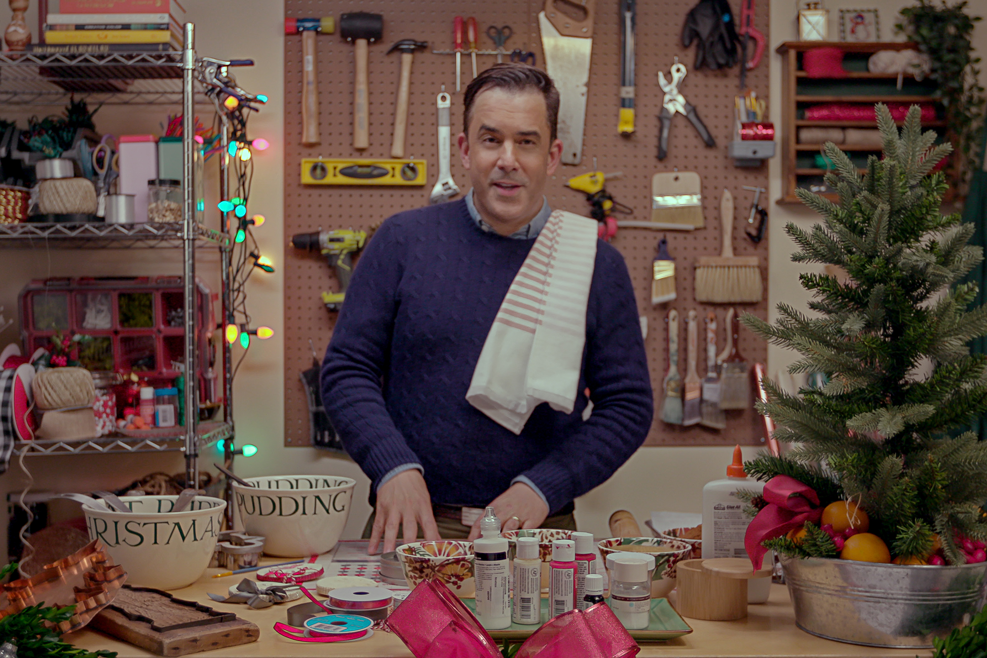 'Mr. Christmas' Benjamin Bradley shares 5 holiday decor ideas