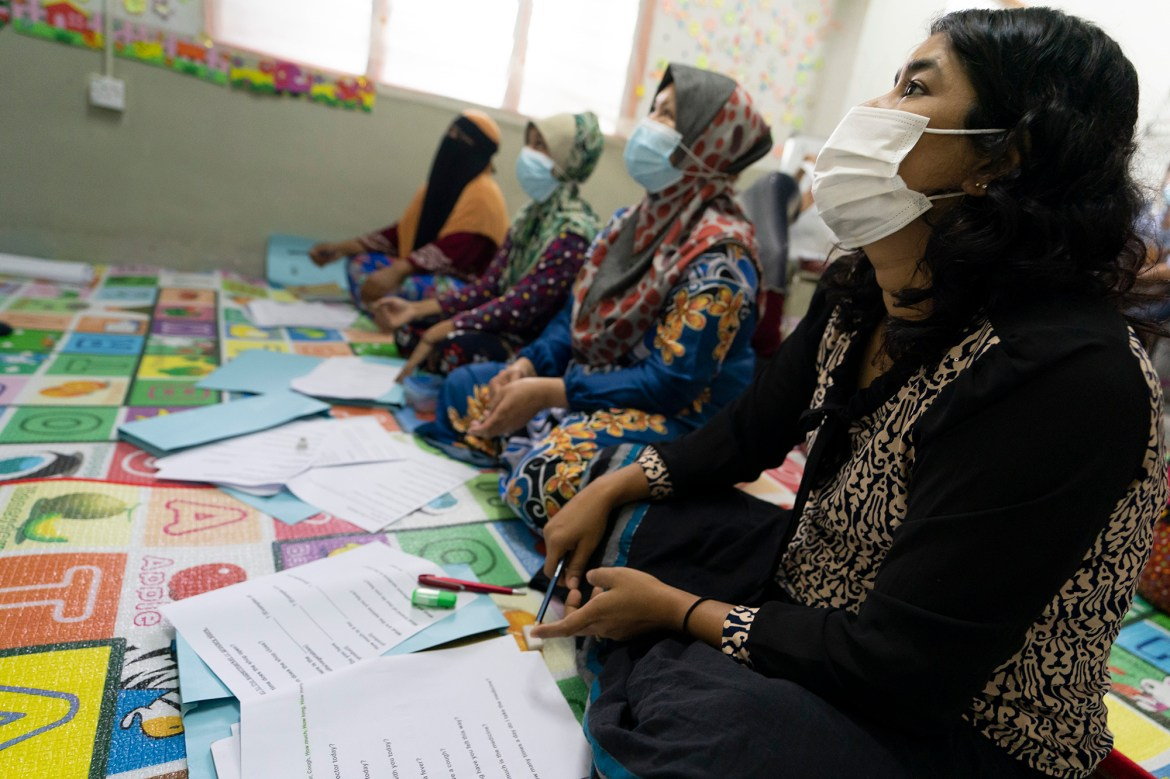 Malaysia group teaches refugee women how to read and write 1