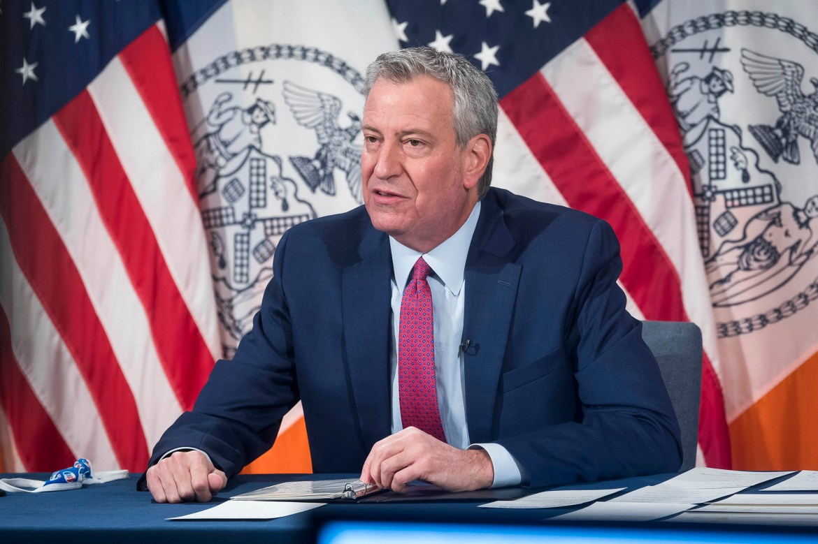 De Blasio: First COVID-19 vaccine will be delivered to front-line workers today 1