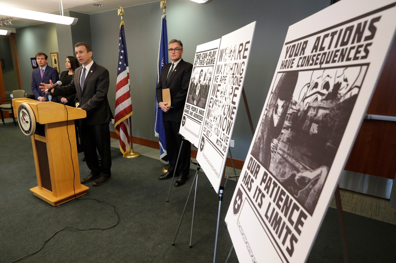 Arizona neo-Nazi gets prison in plot to terrorize black, Jewish reporters 1