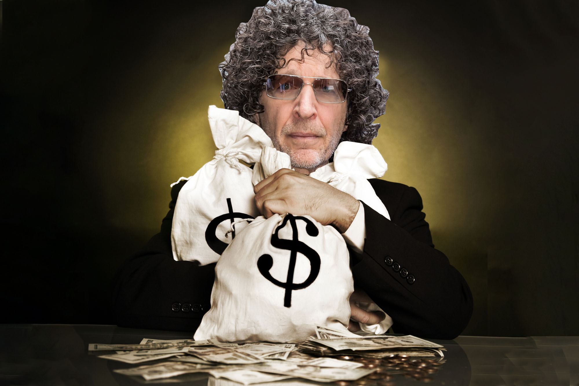 Ex-Howard Stern staffers say millionaire DJ is a Scrooge