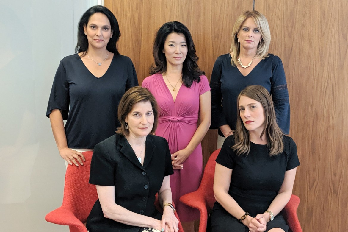 NY1 reaches deal with anchorwomen who sued over age discrimination 1