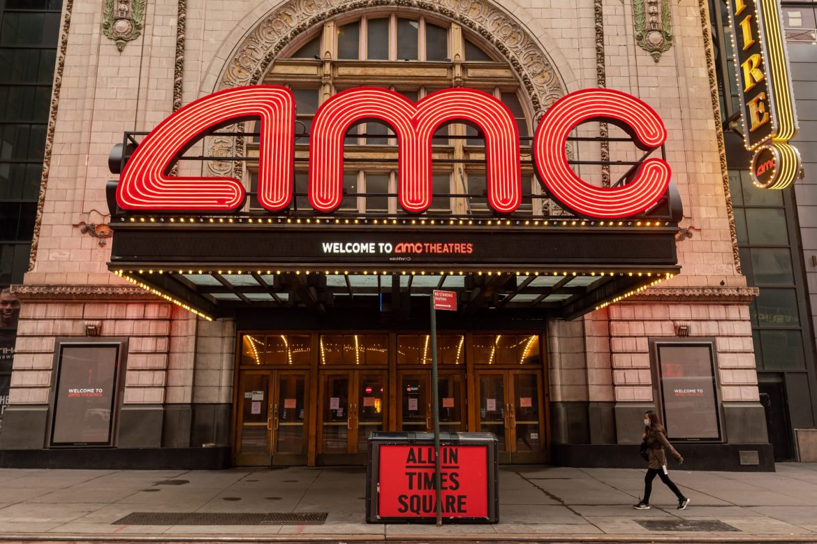Apollo circling AMC as theater chain scrambles to stay afloat: sources 1