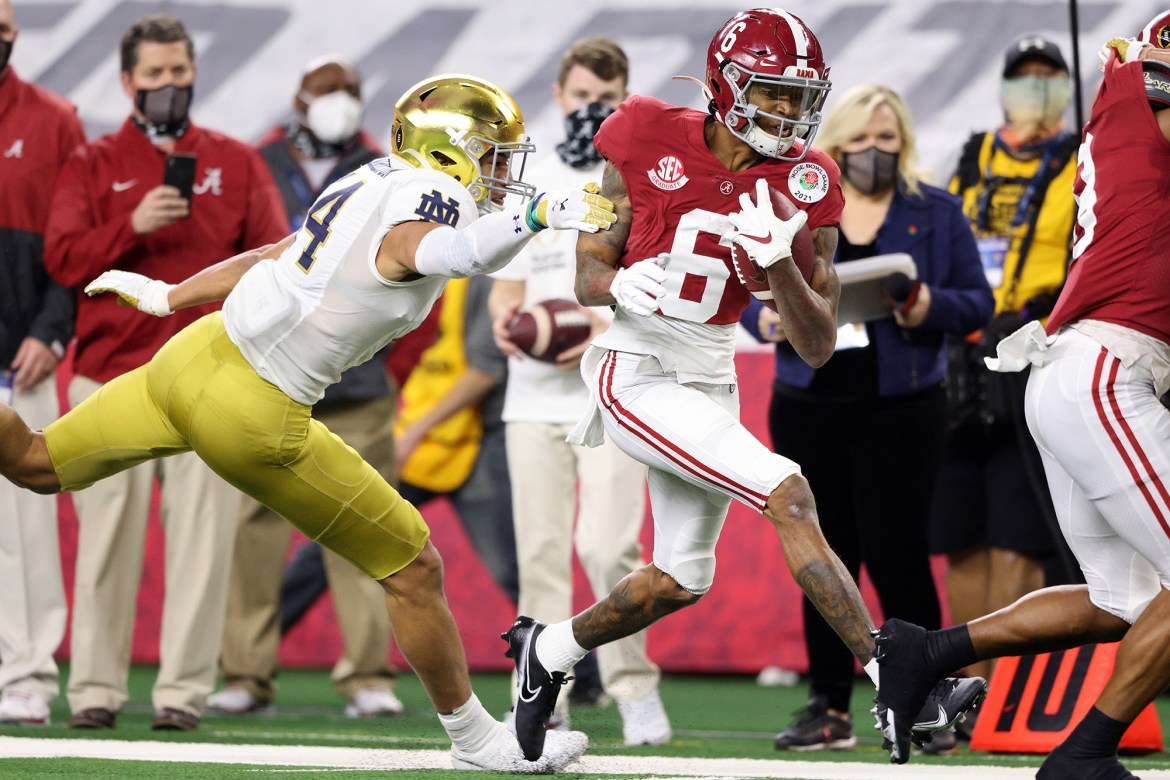 DeVonta Smith's legend grows as Alabama dominates Notre Dame in semifinal 1
