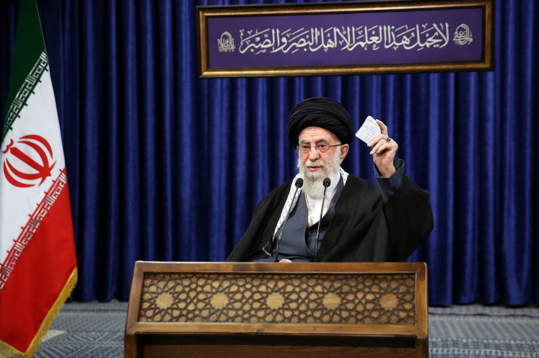 Twitter removes 'misleading' tweet from Iran's Ayatollah Khamenei 1