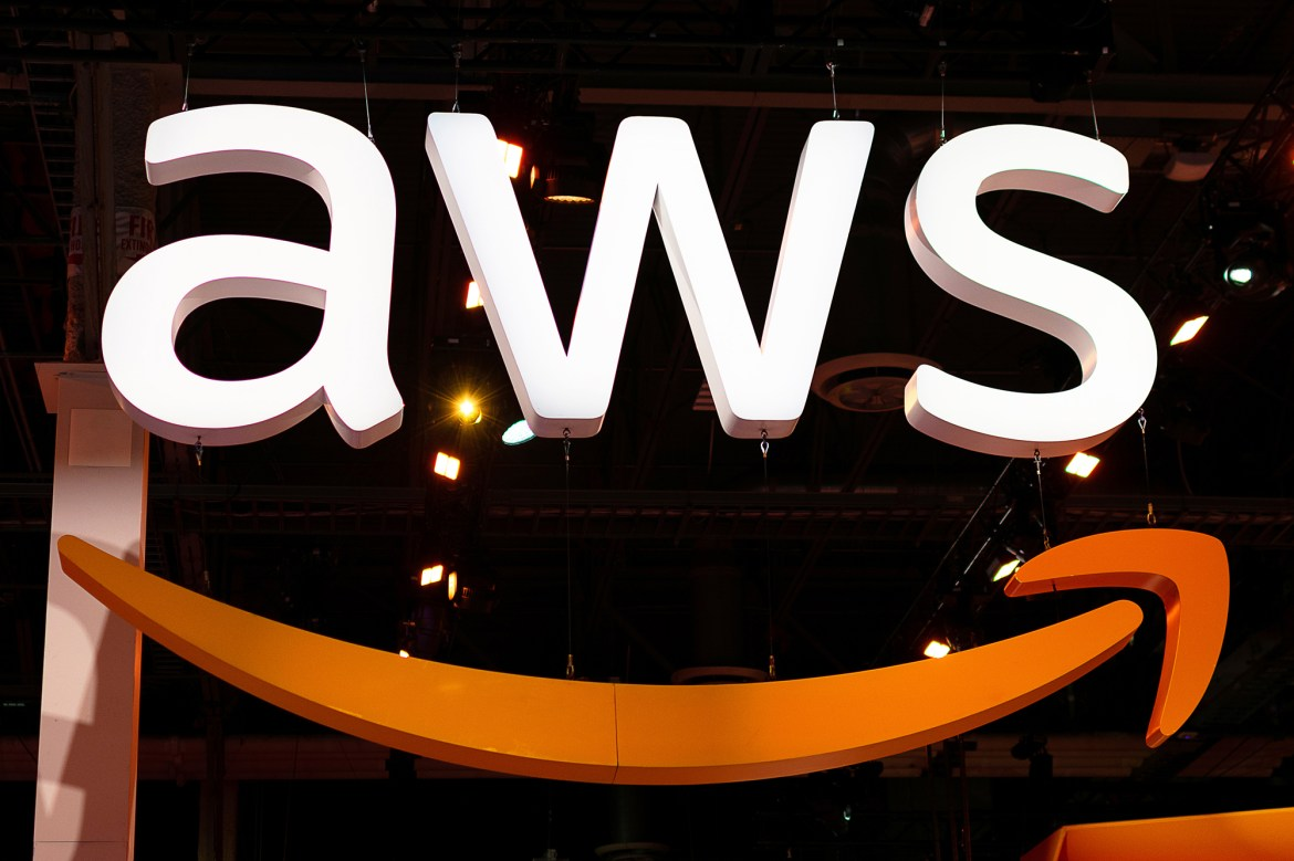 Court in China bans Amazon from using its 'AWS' logo 1
