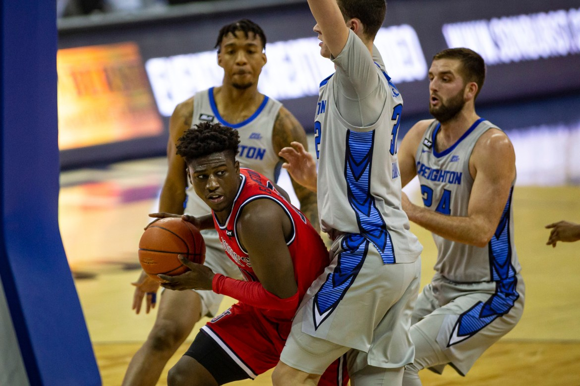 St. John's falls to shorthanded Creighton in worrisome performance 1