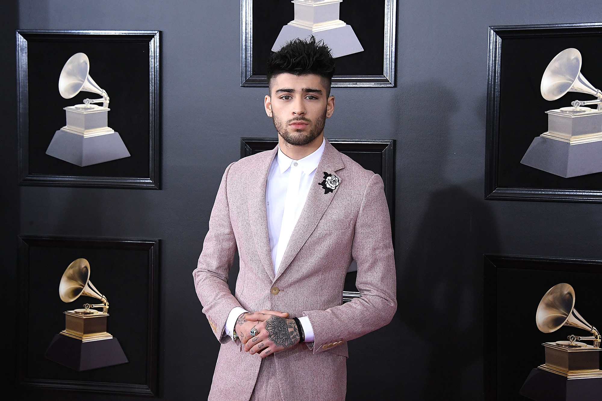Zayn Malik teases new song 'Vibez,' new album