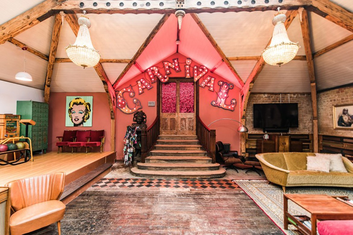 Clown- and game-filled 'Carnival' house seeks second act 1
