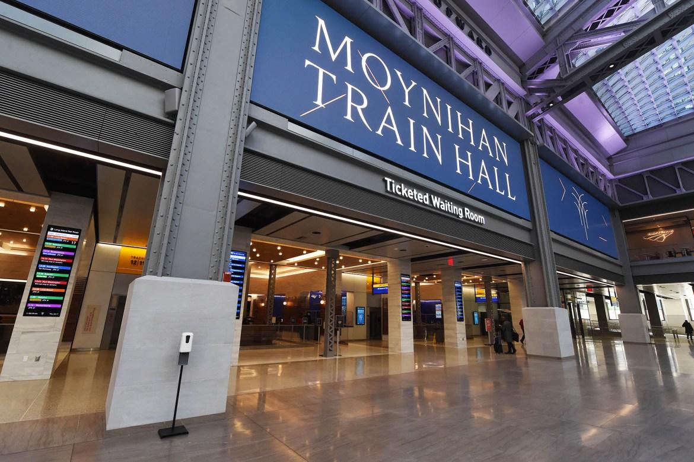 Don't squat in Moynihan Station 1