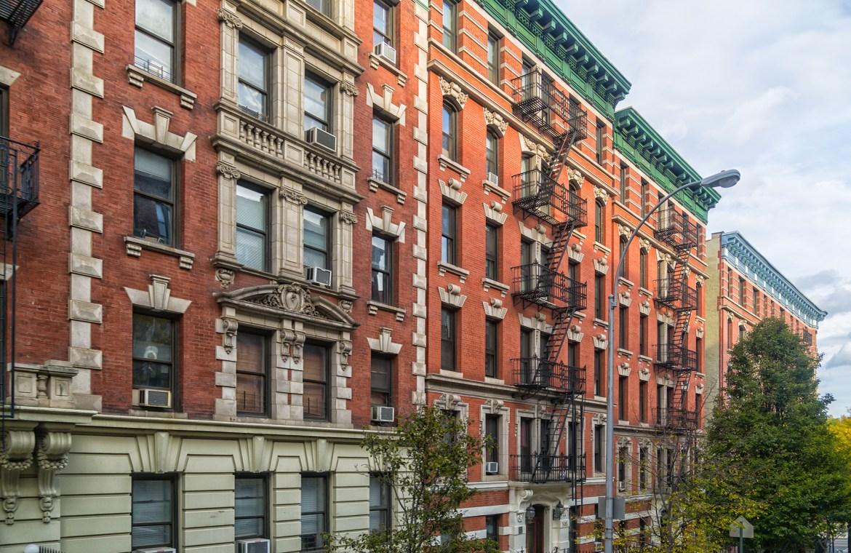 Slamming landlords leaves  NYC's housing on brink of  disaster 1