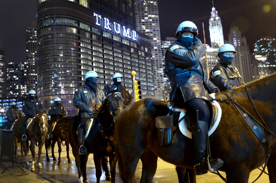 Woman arrested after driving through barricade near Trump Tower in Chicago 1