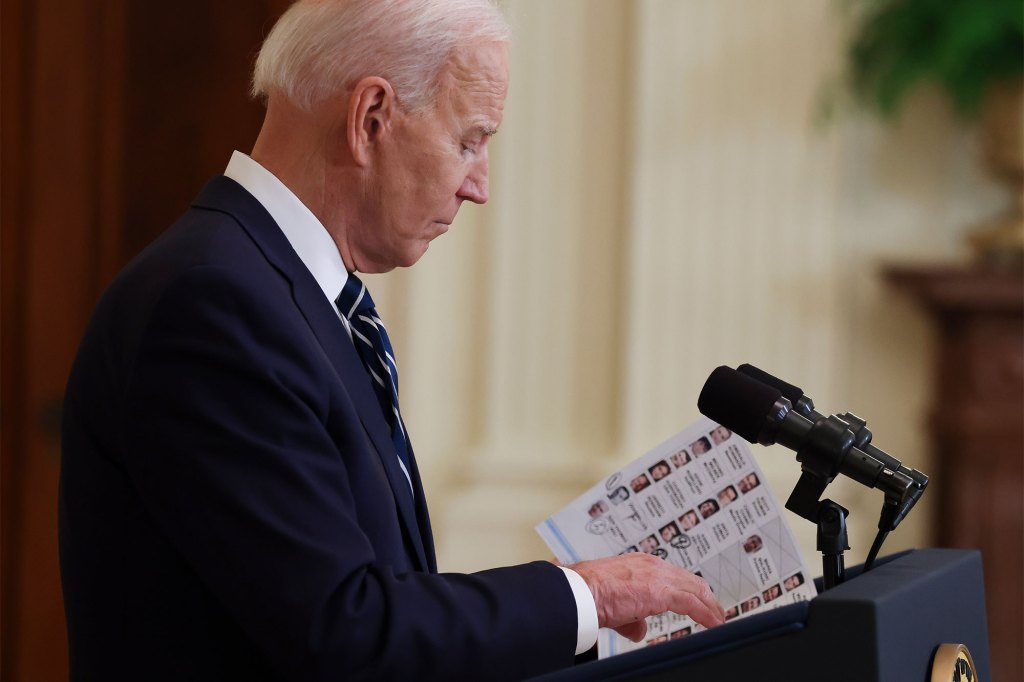 Biden used 'cheat sheet' during first press conference; Fox News host Chris Wallace knocks president for 'reading talking points'