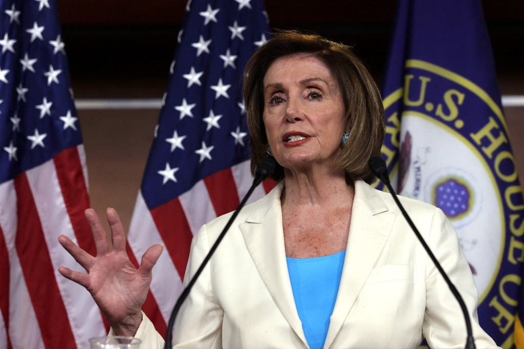 Cleveland man charged with threatening to kill Nancy Pelosi