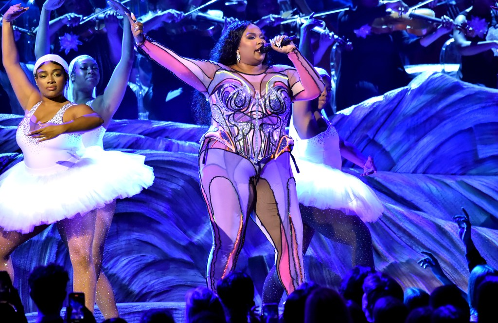 Lizzo Preforms onstage during the 62nd Annual GRAMMY Awards at Staples Center on January 26, 2020 in Los Angeles, California.