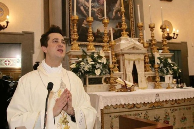 A priest, Don Francesco Spagnesi, 40, involved in a police investigation into parties based on cocaine and Gbl, the so-called 'rape drug', has been arrested for drug dealing in Prato, in Tuscany, northern Italy.