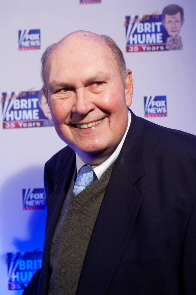 Willard Scott poses on the red carpet upon arrival at a salute to FOX News Channel's Brit Hume on January 8, 2009 in Washington, DC