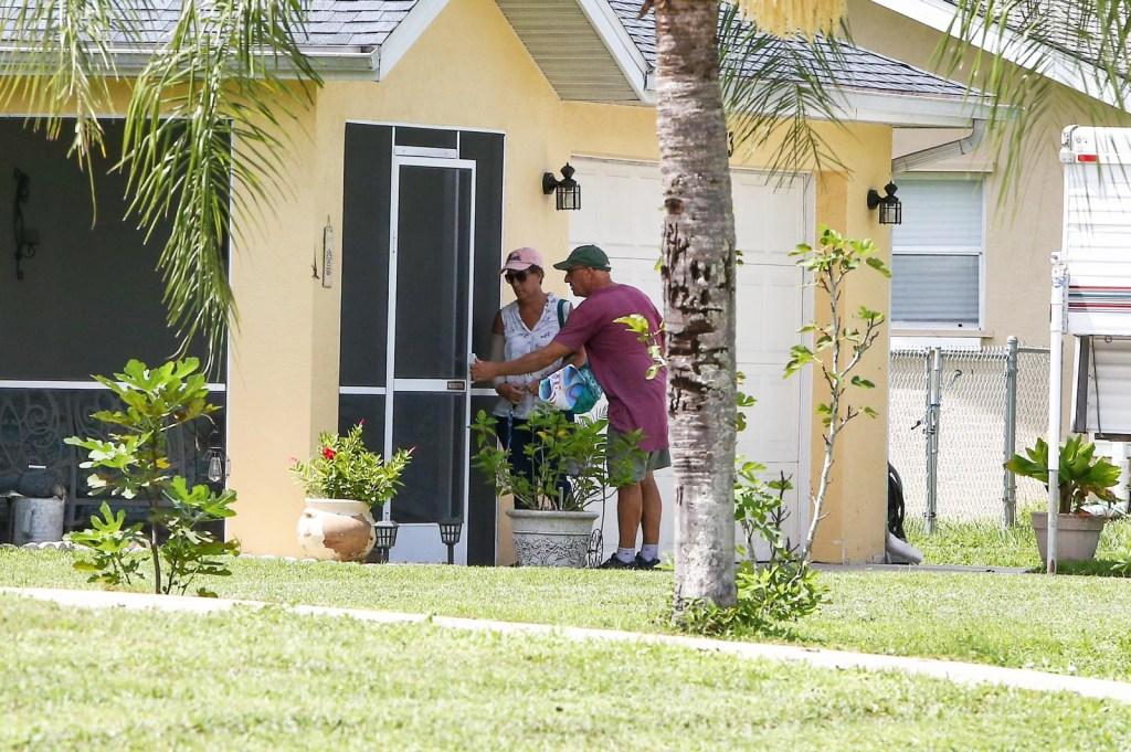 Brian Laundrie's Parents arrive at the North Port home