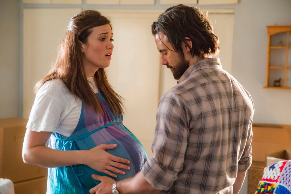 """Mandy Moore, left, and Milo Ventimiglia, right, didn't have adequately modern costumes in """"This Is Us."""""""