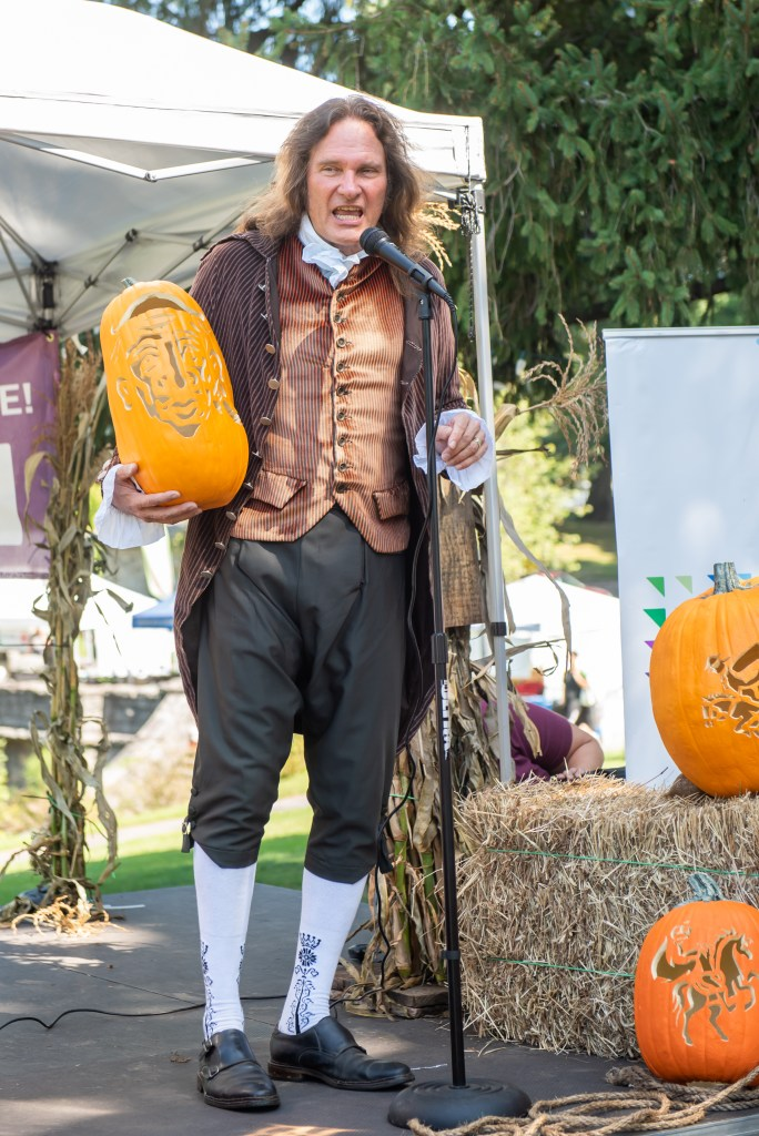 """This year, for the first time, veteran storyteller Jonathan Kruk will bring """"The Legend of Sleepy Hollow"""" to life outdoors at Sunnyside."""
