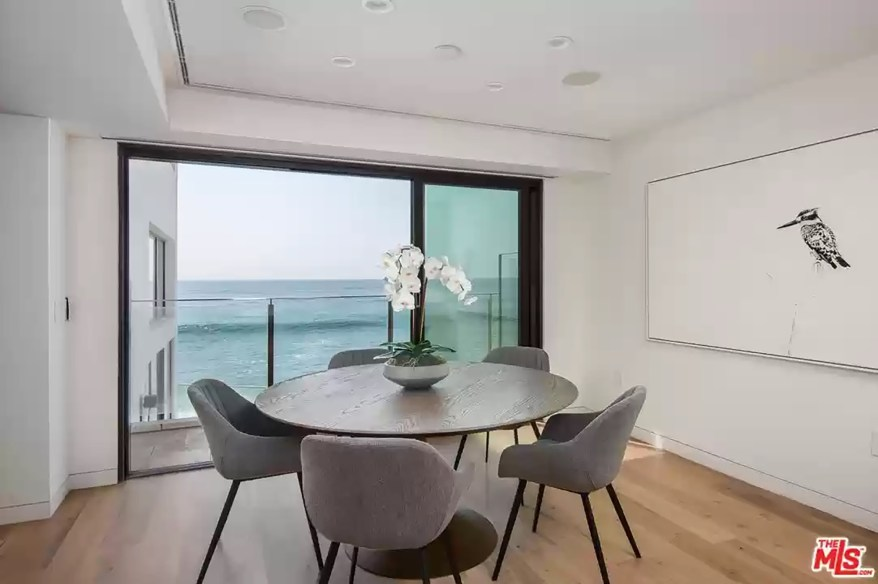 The breakfast nook has ocean views.