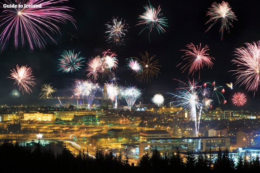 fireworks-over-reykjavik-on-new-years-eve-1