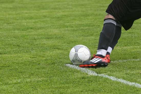 4 olahraga favorit indonesia sepakbola