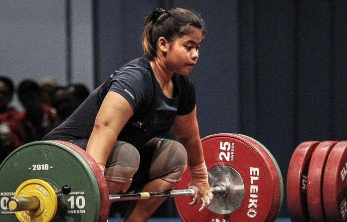 Lifter putri Gusti Melinda raih emas test event Asian Games 2018. (liputan6.com)