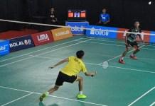 Unikom Bandung (kuning) sukses mengadaskan perlawanan Unpad di LIMA Blibli WJC 2018. (LIMA)