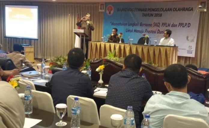 Raden Isnanta (Deputi Bidang Pembudayaan Olahraga Kemenpora) membuka Rapat Koordinasi Pengelolaan Olahraga Tahun 2018, di Hotel NAM Center, Kemayoran, Jakarta. (Kemenpora)
