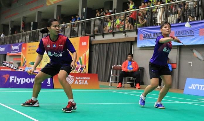 Dobel putri Agatha Imanuela/Siti Fadia Silva Ramadhanti akan kembali bermain dalam laga perempat final, nomor beregu Kejuaraan Asia Junior Championship 2018, pada Senin (16/7). (Humas PBSI)