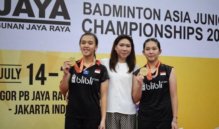 Febriana Dwipuji Kusuma/Ribka Sugiarto sukses menjuarai Asia Junior Championships 2018, setelah menang dua game langsung dari pasangan Malaysia, Pearly Koong Le Tan/Ee Wei Toh, 21-12 dan 21-16. (Ham/NYSN)
