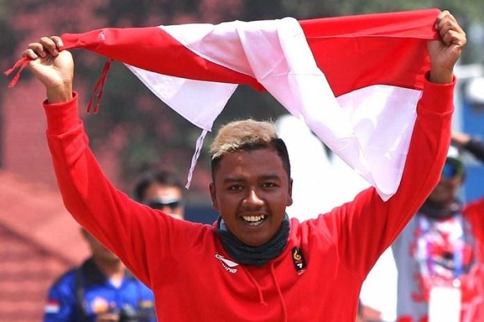 Jafro Megawanto, mantan pelipat parasut, kini menjadi atlet Paralayang yang sanggup meraih dua medali emas sekaligus cabor Paralayang, di nomor ketepatan mendarat Asian Games 2018. (medcom.id)