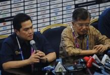 Wakil Presiden Jusuf Kalla (JK) didampingi Ketua Inasgoc Erick Thohir, meninjau Media Center Asian Games 2018 di Hall A Jakarta Convention Center (JCC), Gelora Bung Karno (GBK), Jakarta, Selasa (14/8). (Pras/NYSN)