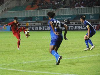Tinas-U16-vs-thailand-PSSI-11