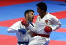 Karateka Indonesia, Rifki Ardiansyah (sabuk merah) bersama tujuh atlet Tim Nasional (Timnas) lainnya, bertolak ke Madrid, Spanyol, guna mengikuti Kejuaraan Dunia Karate (WKF) 2018, pada 6-11 November. Mereka akan berjuang merebut poin demi menjaga peluang tampil di Olimpiade 2020 Tokyo. (sindonews.com)