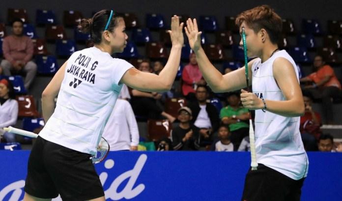 Duet Greysia Polii/Apriyani Rahayu menyumbang kemenangan bagi timnya Jaya Raya Jakarta di laga penyisihan terakhir grup A. Greysia/Apriyani menang atas Maretha Dea Giovani/Yulfira Barkah, 21-16, 21-14. (PBSI)