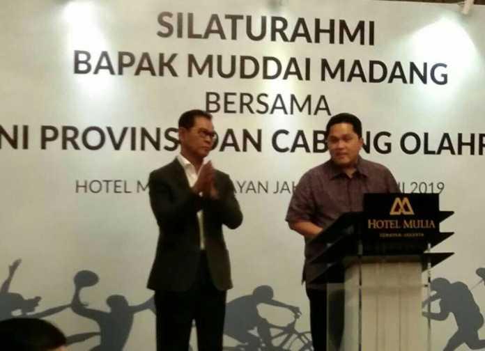 Ketua KOI Erick Thohir memberikan dukungan pada Muddai Madang sebagai Ketua Umum KONI Pusat, di Hotel Mulia Senayan, Jakarta. (Adt/NYSN)