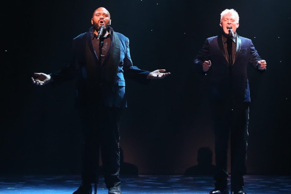 <I>Ruben Studdard and Clay Aiken perform in their holiday show. Photo: Carol Rosegg</I>