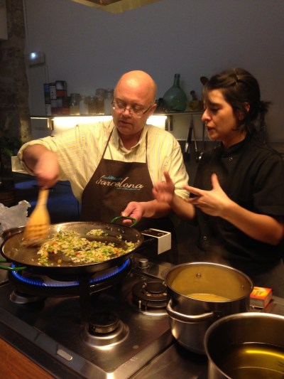 learning-to-make-paella-in-bracelona-spain-2014