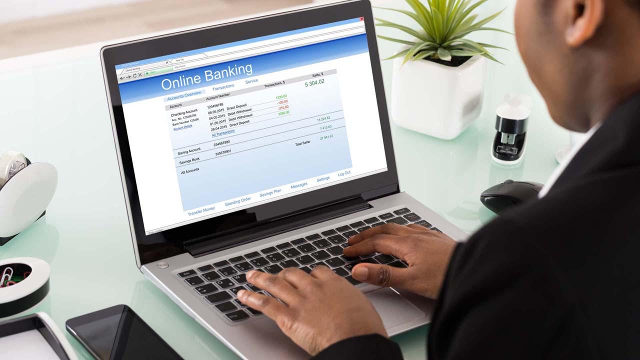 Mi alapján érdemes bankszámlát, folyószámlát választani?